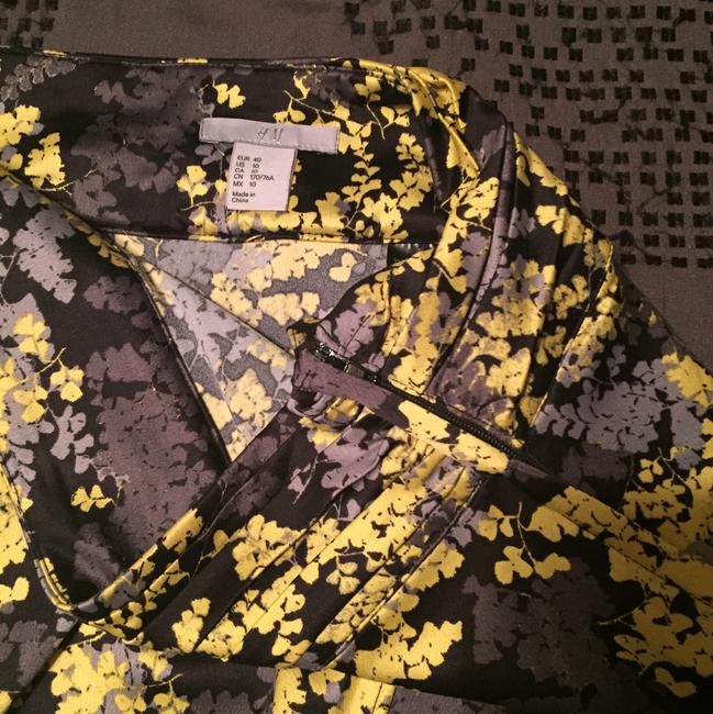 H&M Gray Yellow Black Floral Tulip Hem Skirt Image 3