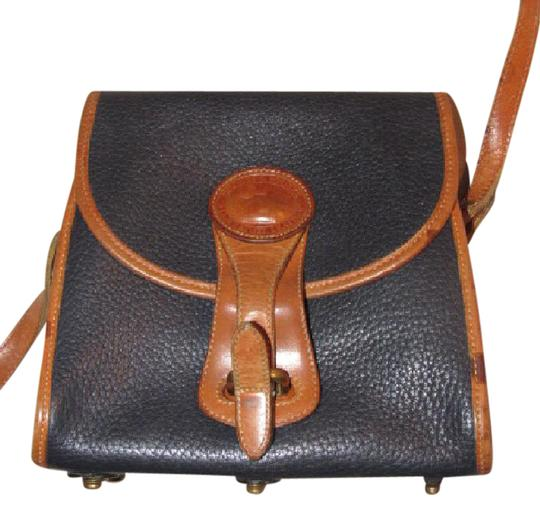 Preload https://img-static.tradesy.com/item/20763015/dooney-and-bourke-vintage-pursesdesigner-purses-textured-navy-leather-and-smooth-camel-leather-leath-0-1-540-540.jpg