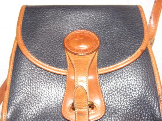 Dooney & Bourke Awl All Line Early D&b Mint Vintage Rare Style Cross Body Bag Image 2
