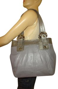 Coach Pleated Leather North/south Mint Condition Soho Collection Large Tote in Gray