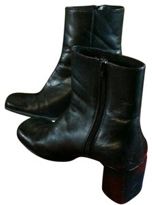 St. John Womens Leather black Boots