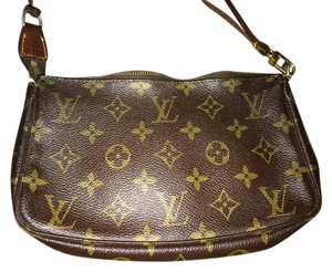 Louis Vuitton Original logo Clutch