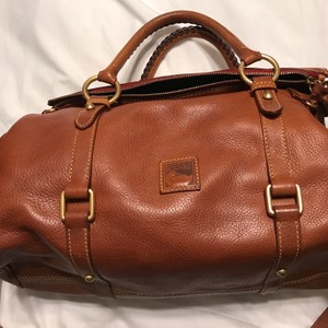 Dooney & Bourke Florentine Satchel in Chestnut
