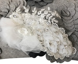 White Handmade Lace Piece Hair Accessory