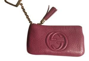 Gucci Authentic Gucci Soho Key Case (Dusty Rose)