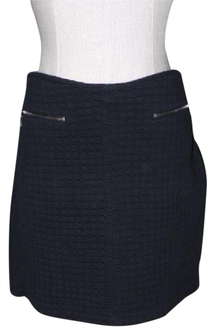 Preload https://img-static.tradesy.com/item/20764627/laundry-by-shelli-segal-black-quilted-textured-cotton-knit-stretch-zip-mini-miniskirt-size-14-l-34-0-1-650-650.jpg