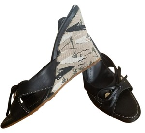 Tod's Sandals Italy Black, Tan Wedges