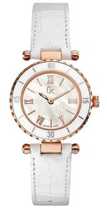 Guess X70033L1S Women's White Leather Bracelet With White Analog Dial