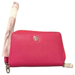 Tory Burch Wristlet in carnation red