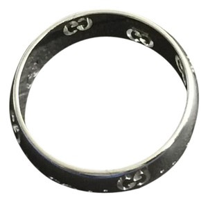 Gucci 18 K White Gold Band Ring