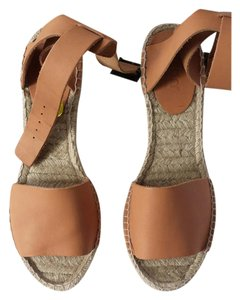 Picon nude Wedges