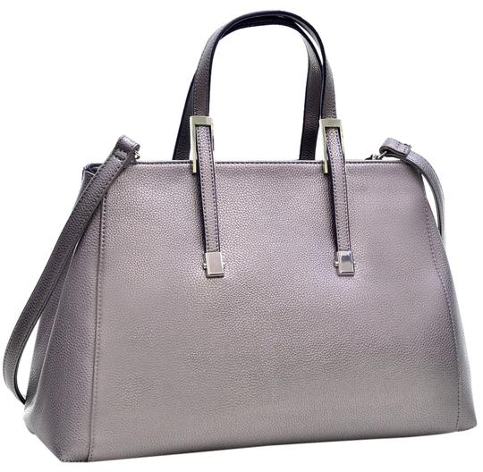Preload https://img-static.tradesy.com/item/20766257/buffalo-classic-briefcase-with-removable-shoulder-strap-metallic-silver-faux-leather-tote-0-1-540-540.jpg