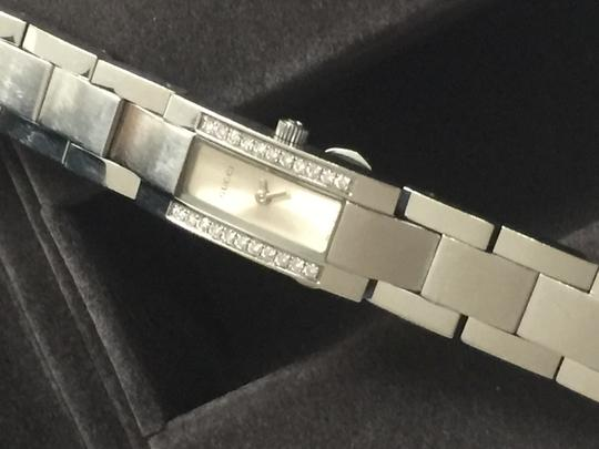Gucci Gucci diamonds watch/price reduced Image 1