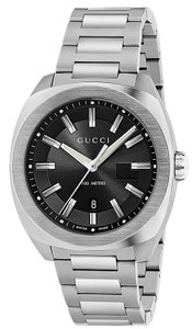 Gucci Guci Stainless Steel Mens Watch YA142201