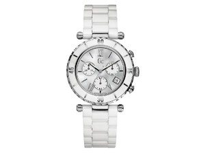 Guess I43001M1S Diver Chic Women's White Ceramic Bracelet With Silver Dial