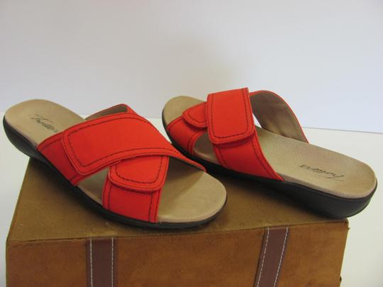 Trotters Brand Adjustable Straps Size 7.00 M Excellent Condition Red Flats Image 1