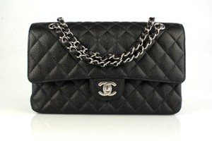Chanel A01112 Leather Shoulder Bag