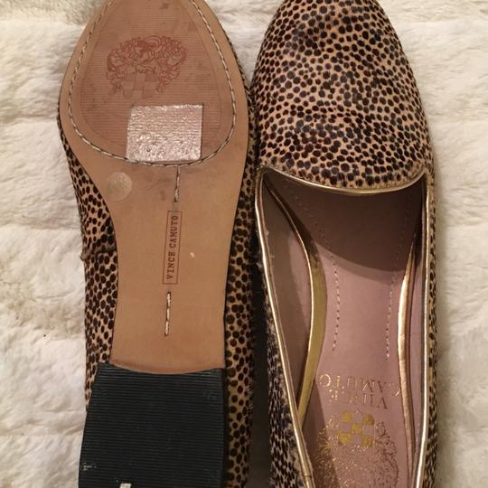 Vince Camuto Flats Image 2