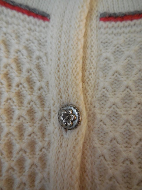 Pendleton Wool Embroidered Flowers Waffle Weave Pewter Buttons Button Down Cardigan Image 2