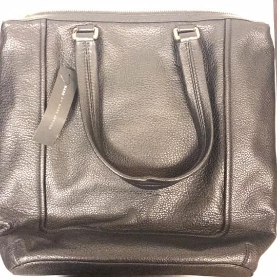 Marc by Marc Jacobs Trendy Tote in black Image 2