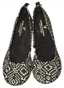 American Eagle Outfitters black Flats