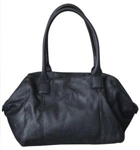 Mango Tote in black