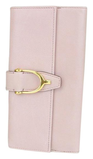 Preload https://img-static.tradesy.com/item/20768209/gucci-pink-spur-detail-continental-clutch-leather-277718-6812-wallet-0-1-540-540.jpg