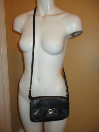 Marc by Marc Jacobs Leather Cross Body Bag Image 2