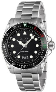 Gucci Guci Gucci Dive Stainless Steel Mens Watch YA136208