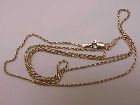 Other Estate Vintage 10k yellow gold 3mm in width mariner chain necklace Image 1