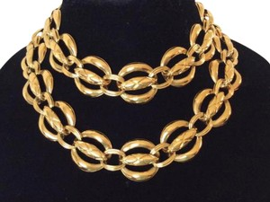 Chanel CHANEL RARE VINTAGE GOLD PLATED NECKLACE / BELT