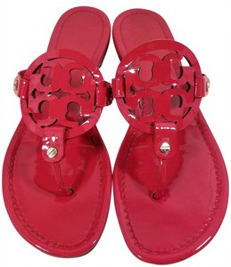 Tory Burch Flip Flops Bold Logo Cutout Patent Leather Red Patent Sandals