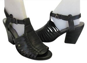 Very Volatile Leather Size 8.00 M Good Condition Black Sandals