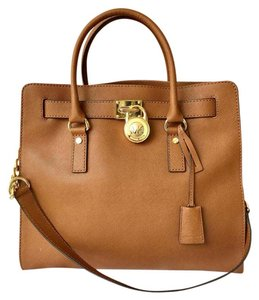 Michael Kors Leather Hamilton Tote in Brown