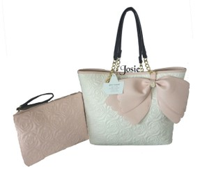Betsey Johnson Pouch Quilted Roses Tote in BONE
