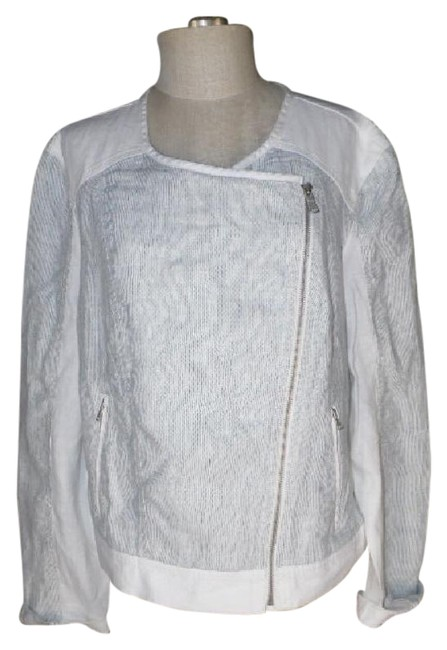 Preload https://img-static.tradesy.com/item/20770909/lou-and-grey-whiteblue-linen-asymmetrical-zip-front-spring-jacket-size-18-xl-plus-0x-0-2-650-650.jpg