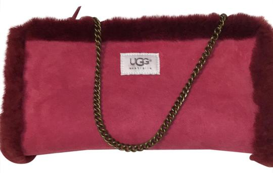 Preload https://img-static.tradesy.com/item/20770948/ugg-australia-clutch-like-with-chain-strap-raspberry-suede-and-fluffy-trim-satchel-0-1-540-540.jpg