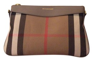 Burberry Wristlet in Traditional Burberry Color