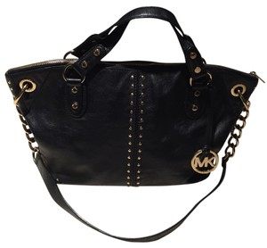 Michael Kors Satchel in black with gold accents