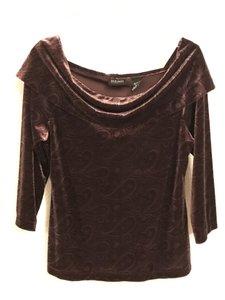 New York & Company Velvet Off Ornate Paisley Stretchy Elegance Top burgundy