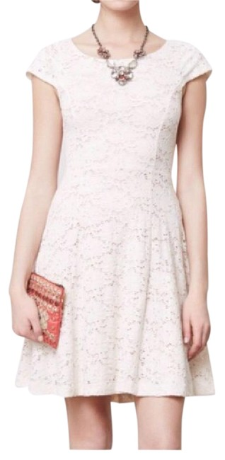 Preload https://img-static.tradesy.com/item/20772134/anthropologie-maeve-lace-mid-length-cocktail-dress-size-10-m-0-1-650-650.jpg