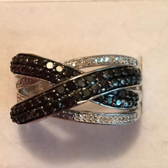Other Black And White Diamonds Image 3