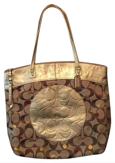 Preload https://img-static.tradesy.com/item/20772961/coach-and-real-signature-large-purse-tote-0-1-540-540.jpg