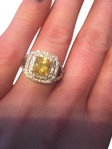 9.2.5 Breathtaking yellow and white topaz royal cocktail ring size 7