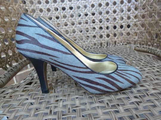 Poetic License Gray and Brown Pumps Image 1