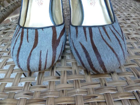 Poetic License Gray and Brown Pumps Image 8
