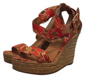 Steve Madden Ikat Print Buckle Gold Orange Wedges