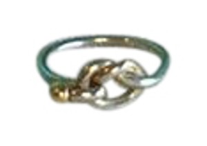 Tiffany & Co. 750 Yellow Gold Sterling Silver Love Knot RIng