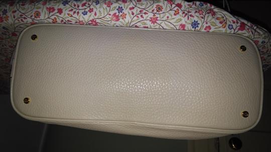 Tory Burch Tote in Champagne Beige and Gold