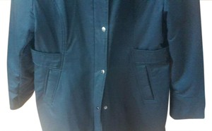 Guess Sleek Stylish Fashioned Warm Trendy But Classic black Jacket